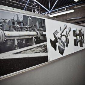 Экспозиция на входе в сборочный цех Sinus Jevi (г. Медемблик, Нидерланды)
